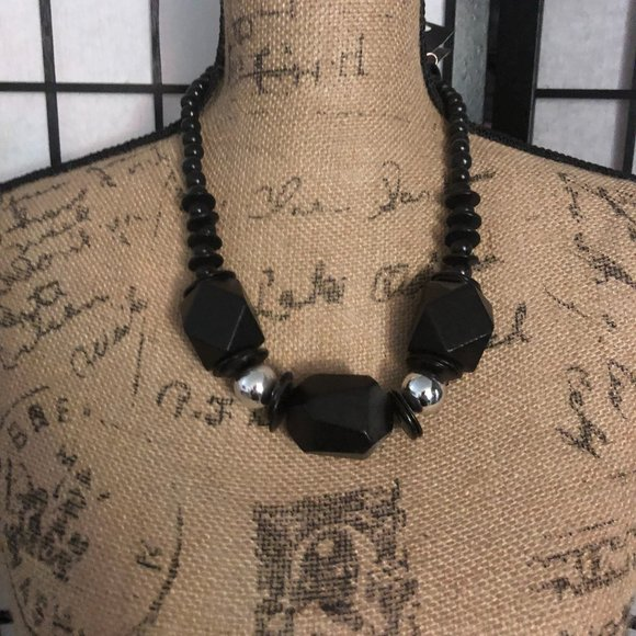 Paparazzi wooden Necklace